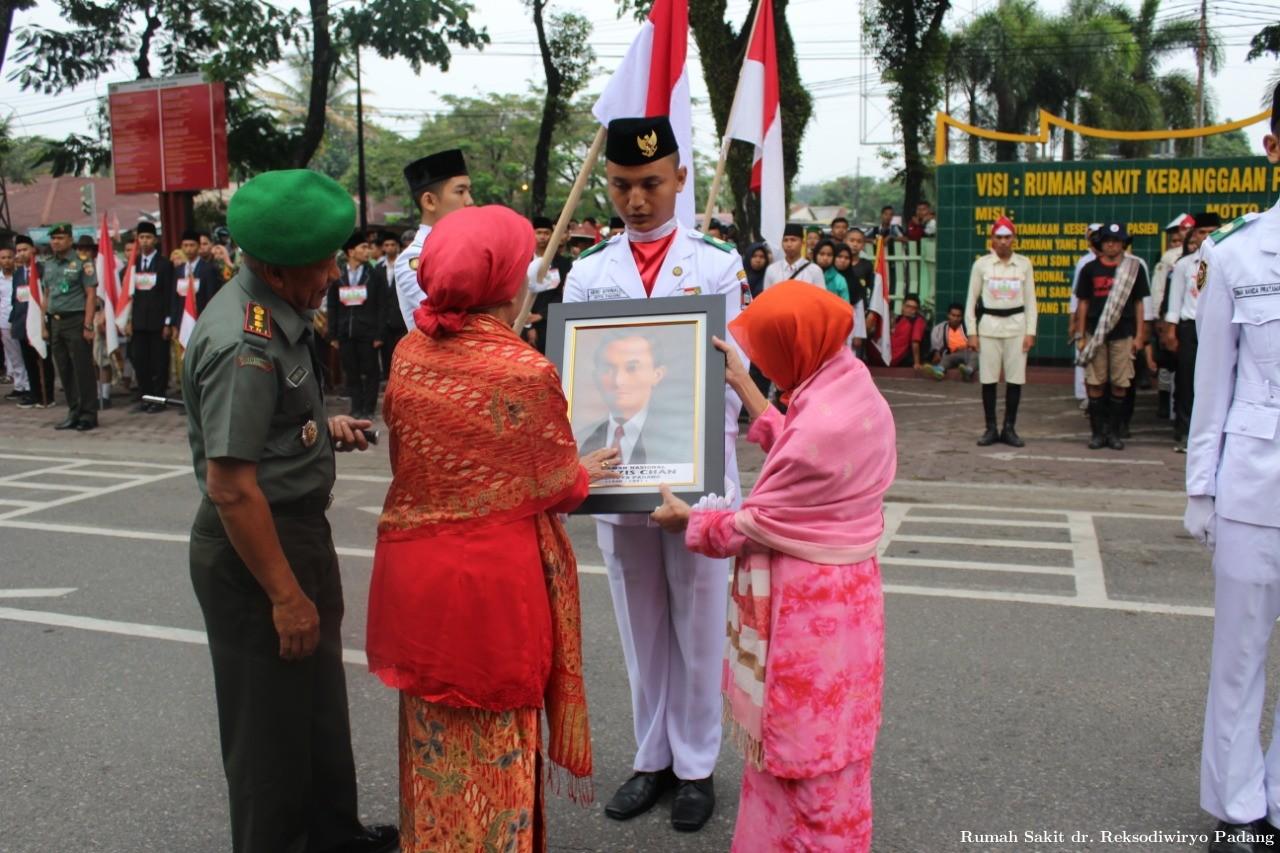 Mengenang Kembali Jejak Perjuangan Pahlawan Nasional Bagindo Aziz Chan - (Ada 0 foto)
